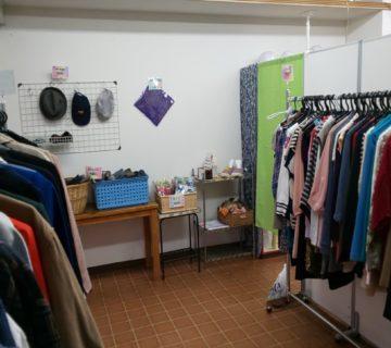 少しずつ商品も増やしていきます。布ぞうりなども販売しています。