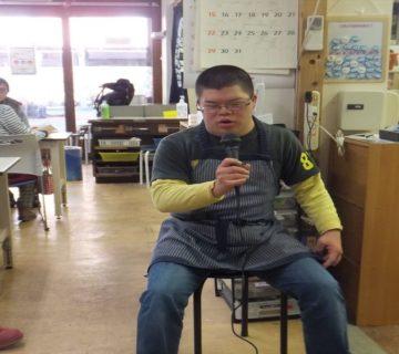 小川さんもノリノリで。